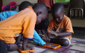 Ethiopian children learn English with tablets